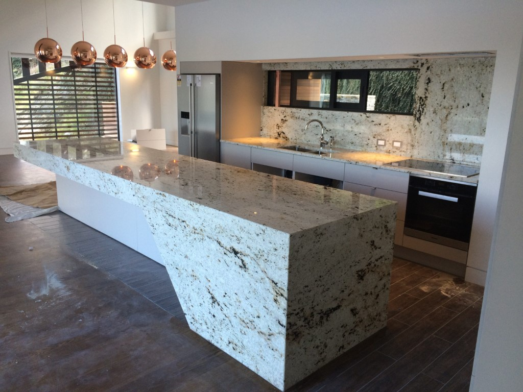 Colonial Cream Granite Island and Splashback